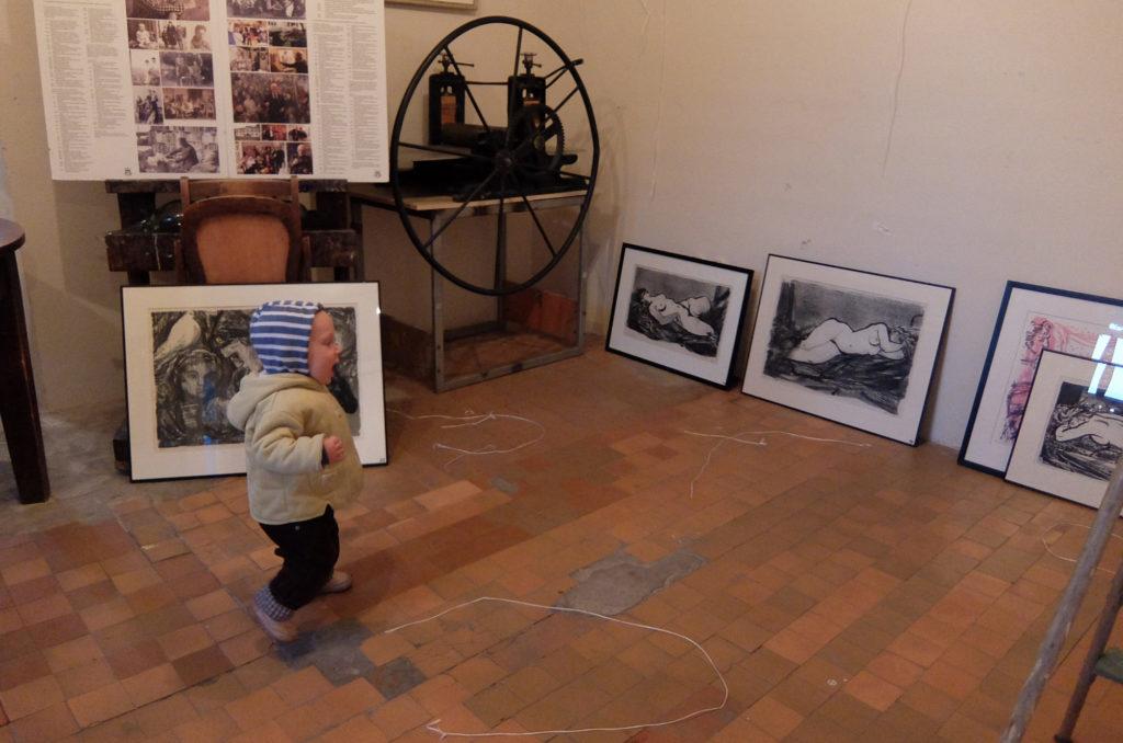Uus kunstihuviline on sündinud. Evald Okase Muuseumi hooaja avamine. Haapsalu. 2016