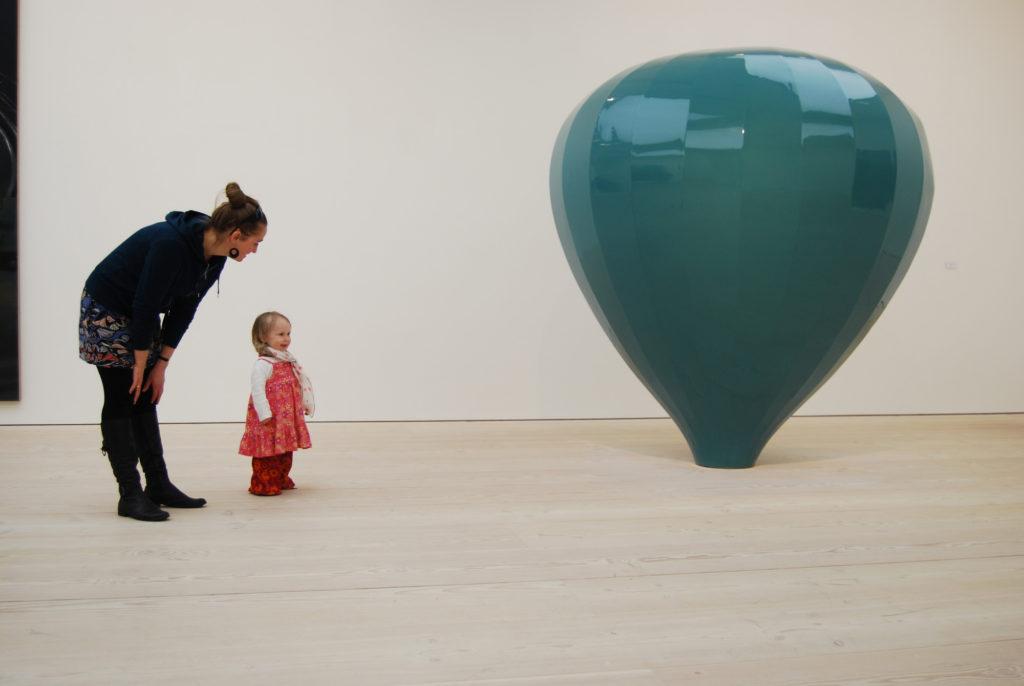 Kaasaegne kunst meeldib kohe eriti Tate Britan London. 2011
